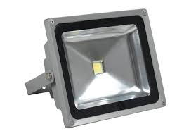 reflector-50w-luz-calida-110v-ip65